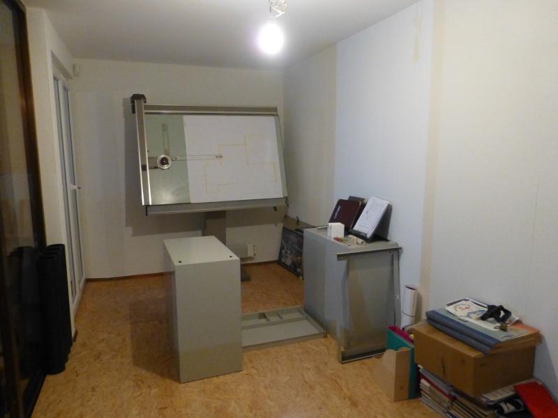 Un nouvel atelier à Pierre ( pili ) - Page 5 01911