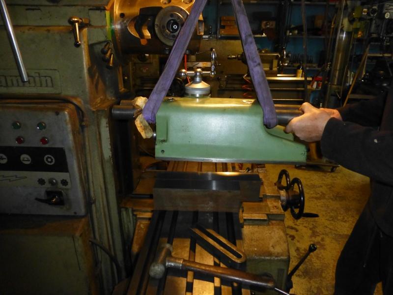 Installation d'une nouvelle tête verticale pour ma fraiseuse Schaublin 13 P1010411