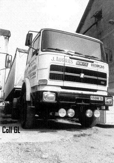 Transports AUGRAS jacques et Geay Freres  la famille de Buzancais Ja310
