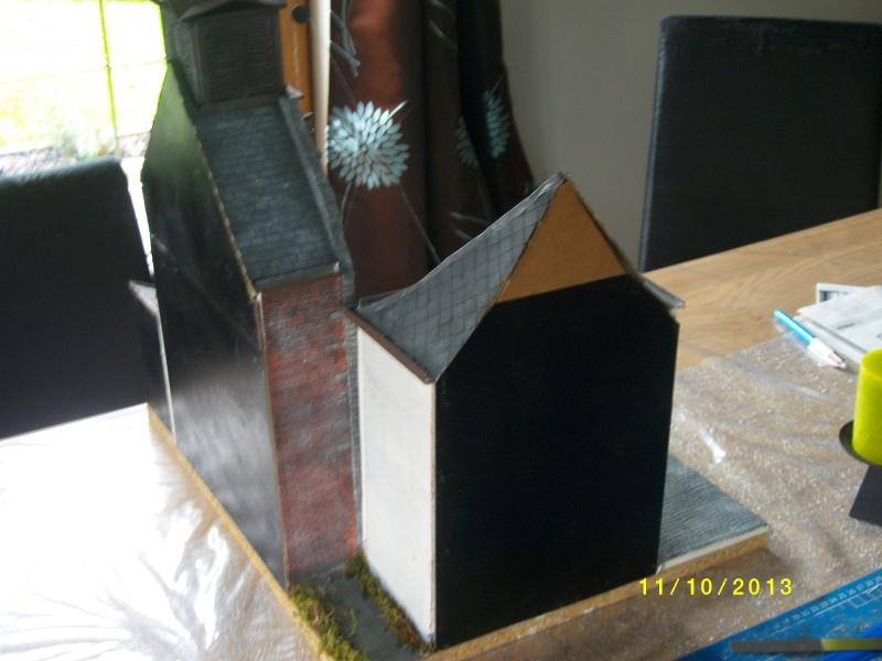 Réquisition des cloches de l'église de Dolhain. Avec un Maultier Mercedes 4500 de Revell 1/35  - Page 5 Imgp1231