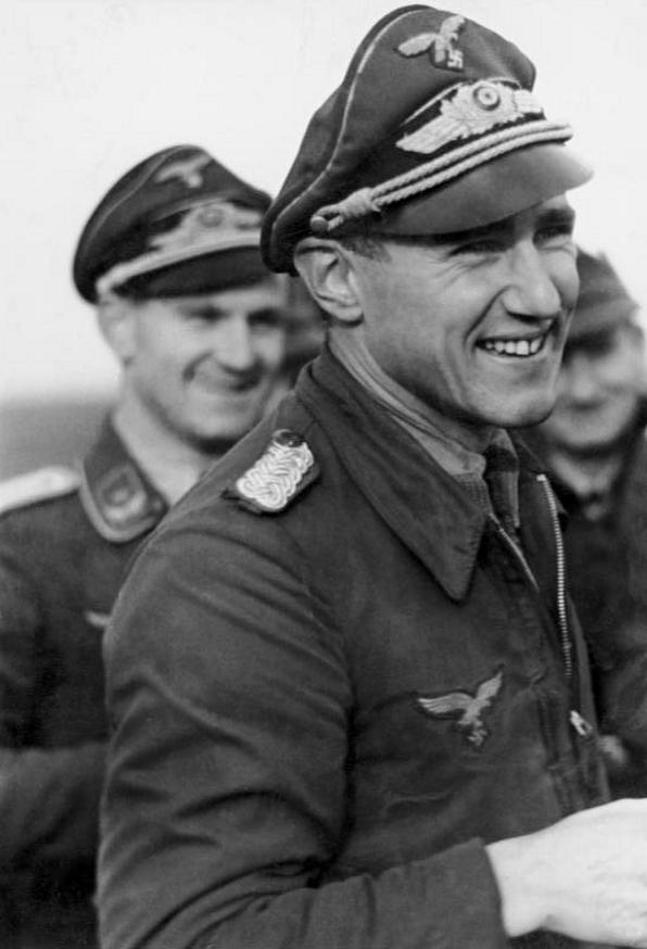 Les différentes vareuses de la Luftwaffe 1015