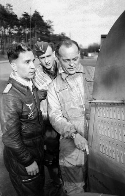 Les différentes vareuses de la Luftwaffe 121