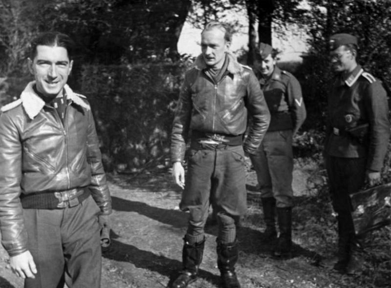 Les différentes vareuses de la Luftwaffe 1211