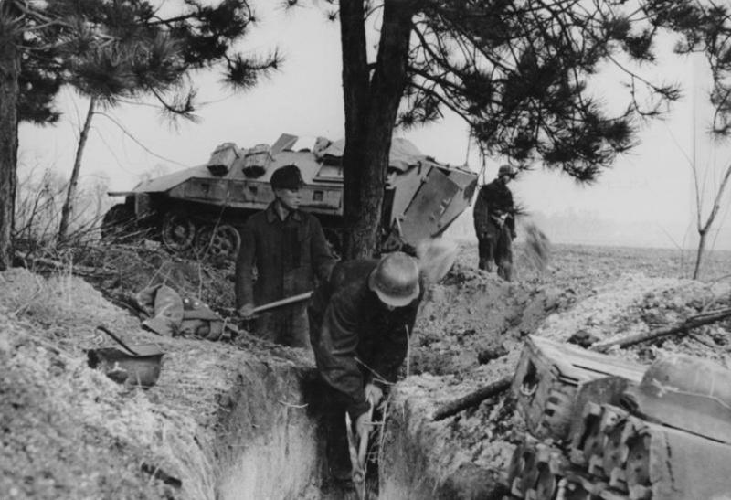 Soldats de la Luftwaffe - Page 2 12110