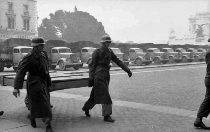 Les troupes de la Luftwaffe en Italie - Page 2 1310