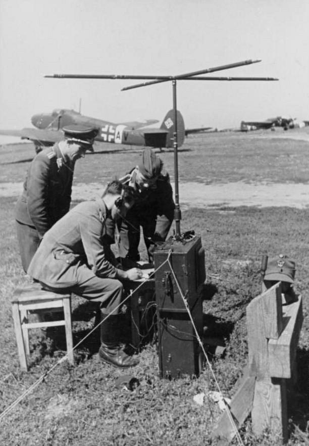 Les transmissions dans la Luftwaffe - Page 2 1911