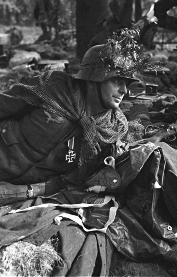 Les troupes de la Luftwaffe lors de la bataille de Market Garden 20011