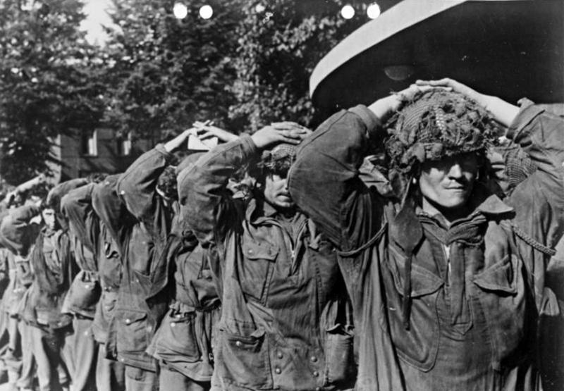 Les troupes de la Luftwaffe lors de la bataille de Market Garden 202b10