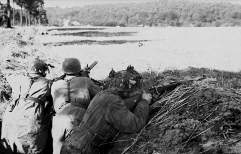 Les troupes de la Luftwaffe lors de la bataille de Market Garden 20510