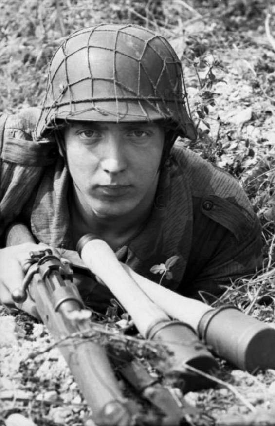 Filet de casque de l'armée allemande 20b1010