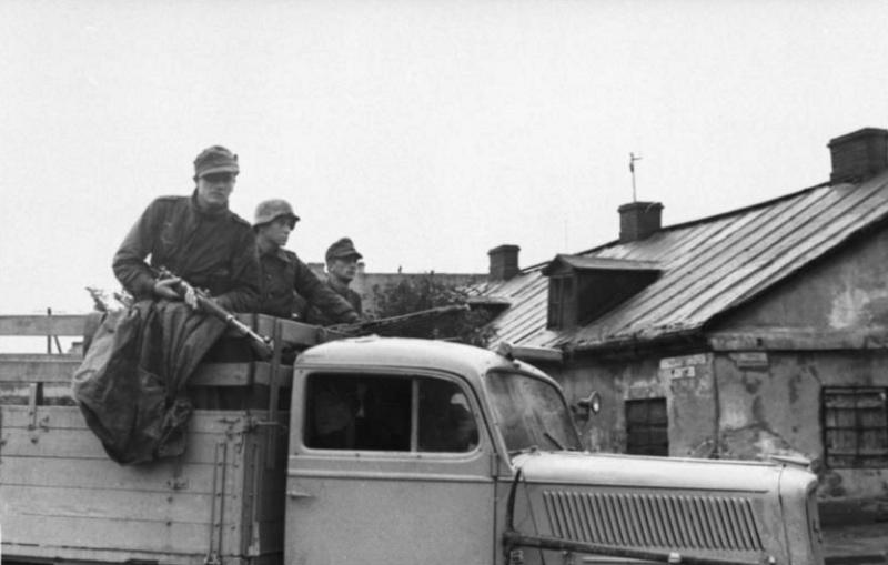 La Luftwaffe sur le Front de l'Est - Page 3 213