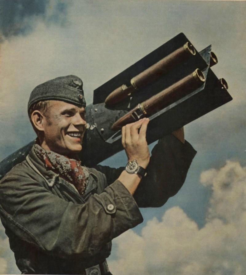 La Luftwaffe en couleurs ! - Page 2 2222b10