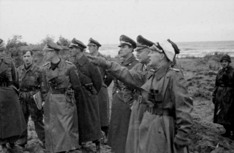 Schirmmütze de la Luftwaffe - Page 2 225210