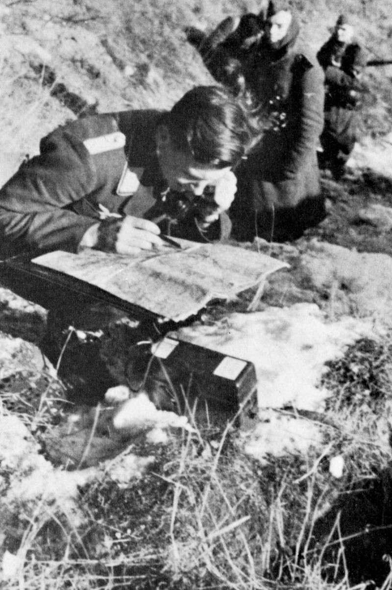 Les transmissions dans la Luftwaffe - Page 2 2612