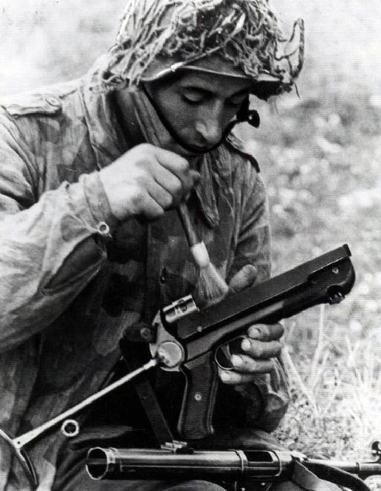 Filet de casque de l'armée allemande 3331010