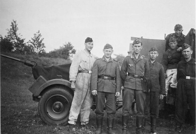 Les soldats de la Luftwaffe à l'instruction 456610