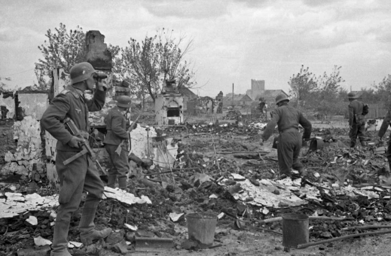 La Luftwaffe sur le Front de l'Est - Page 3 52110