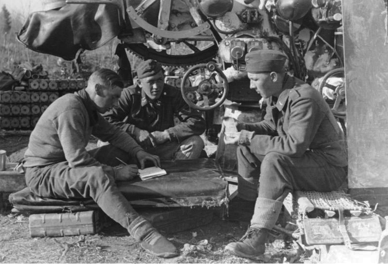 Les soldats de la Luftwaffe au repos ! 52510