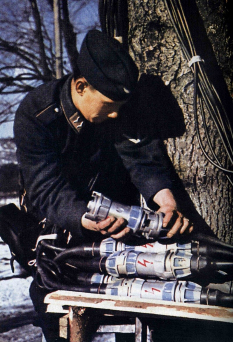 Les transmissions dans la Luftwaffe 54610