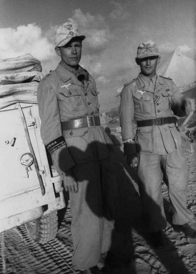 Les correspondants de guerre (Kriegsberichter) de la Luftwaffe - Page 2 566q11