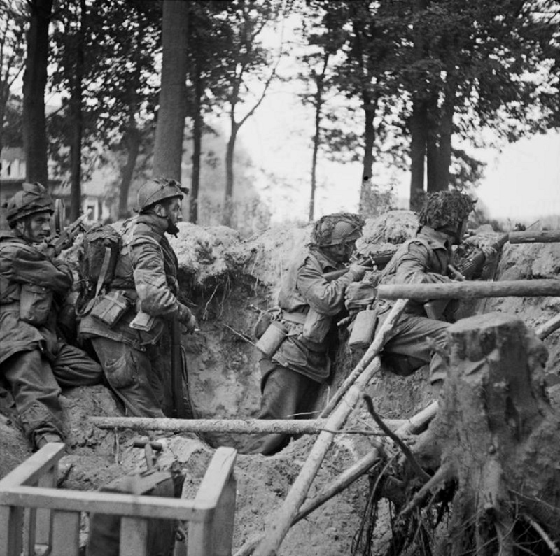 Les troupes de la Luftwaffe lors de la bataille de Market Garden 6910