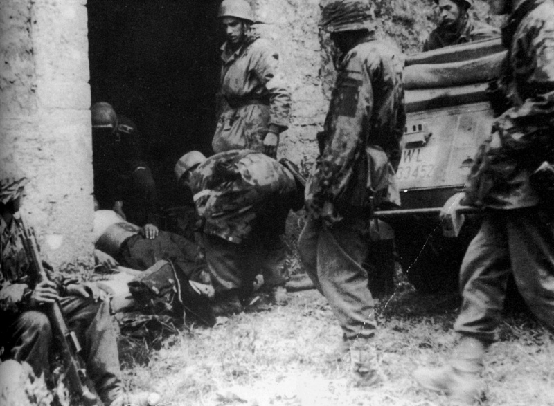 Les troupes de la Luftwaffe en Normandie - Page 4 784510