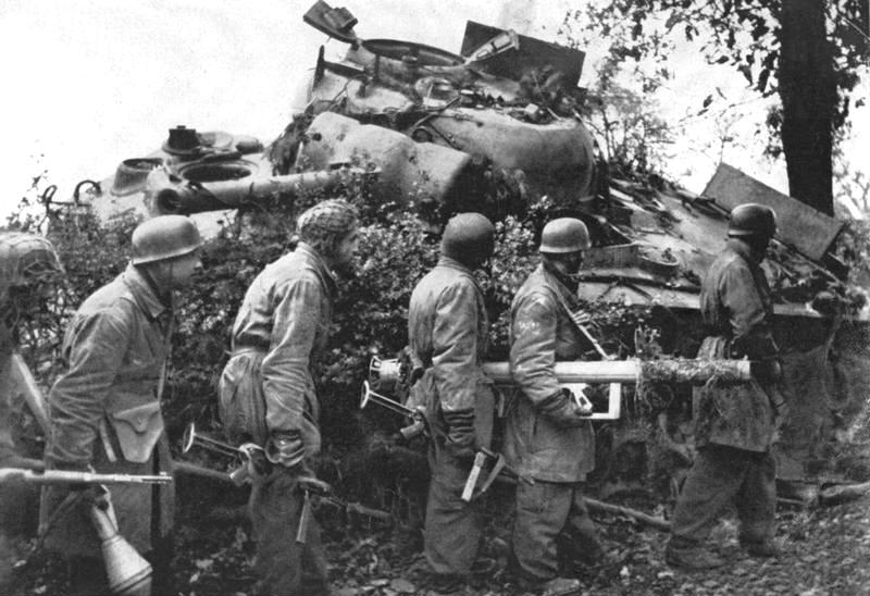 Les chasseurs de chars, Panzerjäger, de la Luftwaffe 85441010