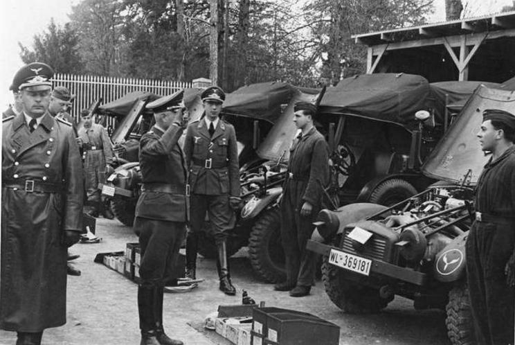 Véhicules divers affectés à la Luftwaffe - Page 3 A15