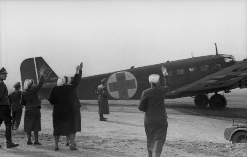Les services sanitaires de la Luftwaffe A2110