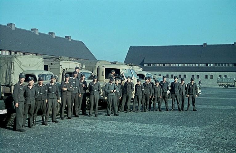 La Luftwaffe en couleurs ! Dsge1010