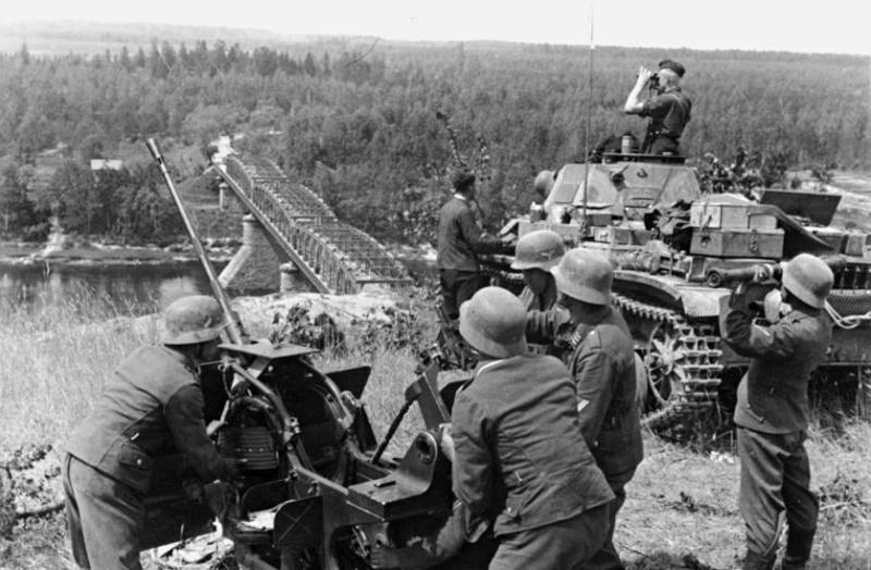 La Luftwaffe sur le Front de l'Est - Page 3 E8c10