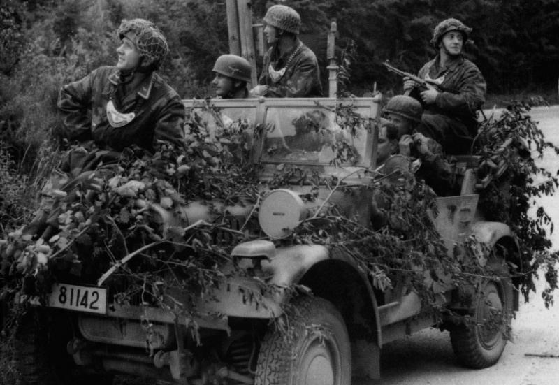 Les troupes de la Luftwaffe en Normandie - Page 4 Grs610