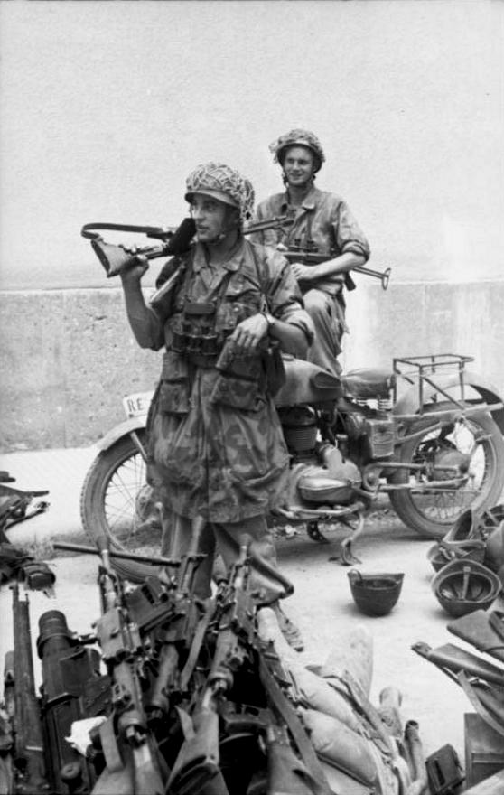 Les troupes de la Luftwaffe en Italie - Page 2 Italie10