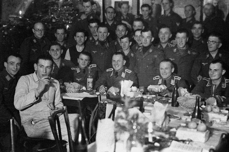 Les soldats de la Luftwaffe au repos ! - Page 2 Jg10