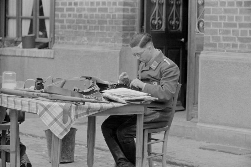 Les correspondants de guerre (Kriegsberichter) de la Luftwaffe Kghu10