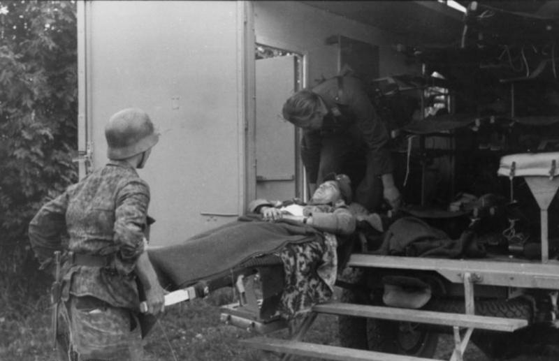 Les services sanitaires de la Luftwaffe Qzf1211