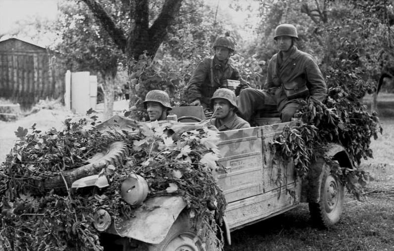 Les troupes de la Luftwaffe en Normandie - Page 4 Sdfg10