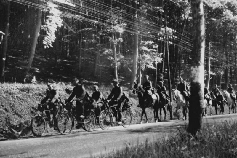 Les vélos de l'armée Allemande ww2 - Page 4 Tb10