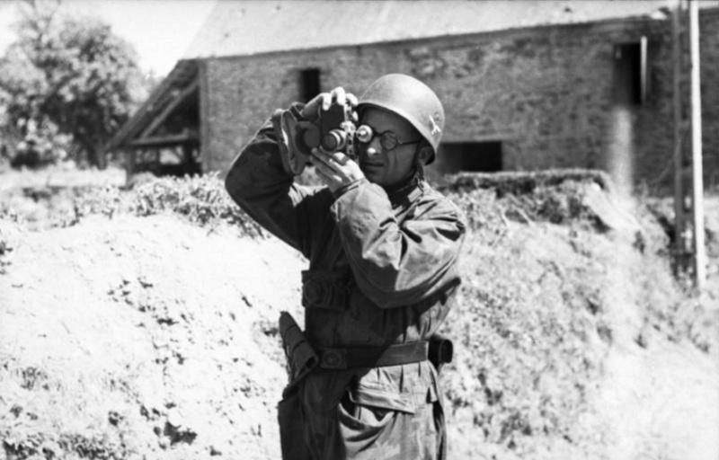 Les correspondants de guerre (Kriegsberichter) de la Luftwaffe Tyuut10