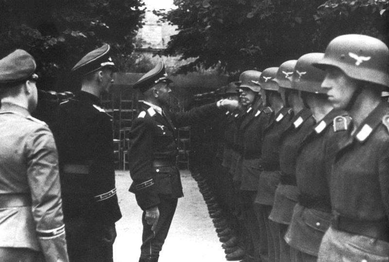 Panzer dans la Luftwaffe - Page 2 V610