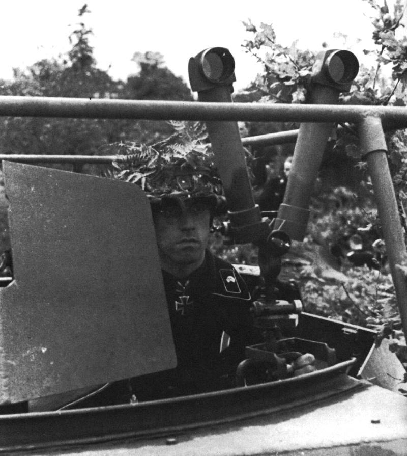 Panzer dans la Luftwaffe - Page 3 Vvh10