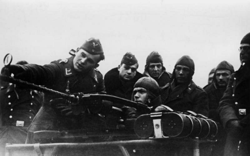 Les soldats de la Luftwaffe à l'instruction Yt10