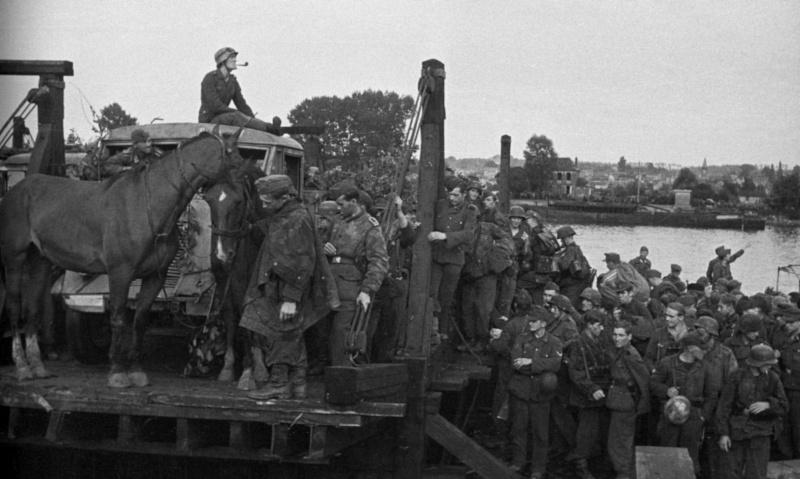 Les troupes de la Luftwaffe en Normandie - Page 4 Zd6610