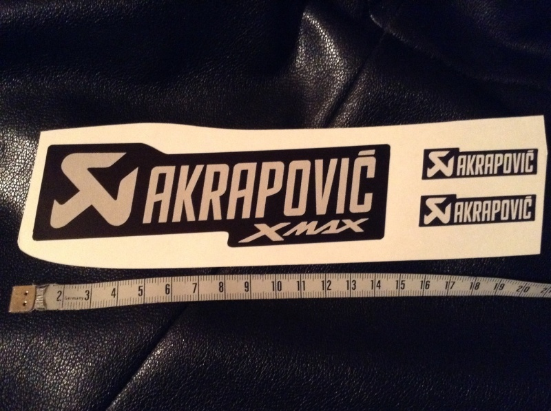 [Don/Cadeau] Sticker Pot Akrapovic pour Xmax Image37
