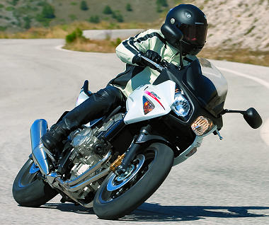 Et la Honda CB500X ?  Cbf-6011