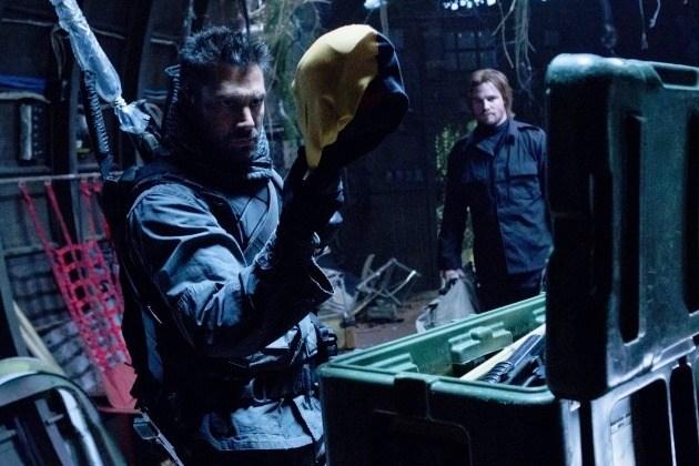 Arrow ( WB TV &CW ) Slade-10