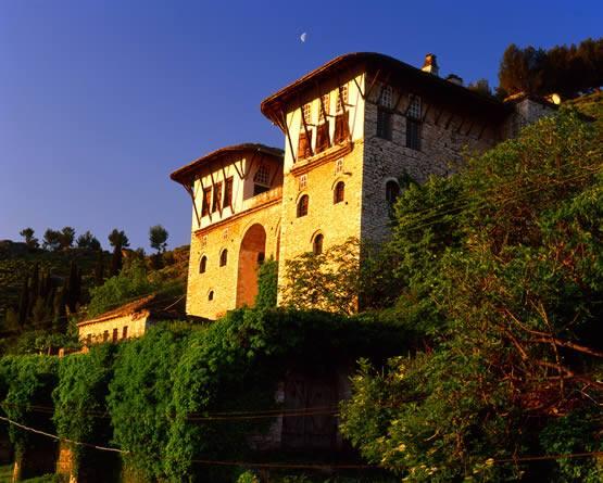 Qyteti i Gjirokastres 13751110