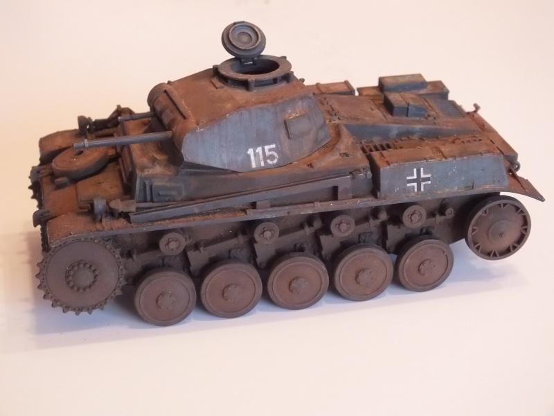 Panzer II ausf .F Tamiya 1/35 : FINI Dscf3635