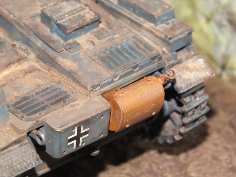 Panzer II ausf .F Tamiya 1/35 : FINI - Page 2 Dscf3746