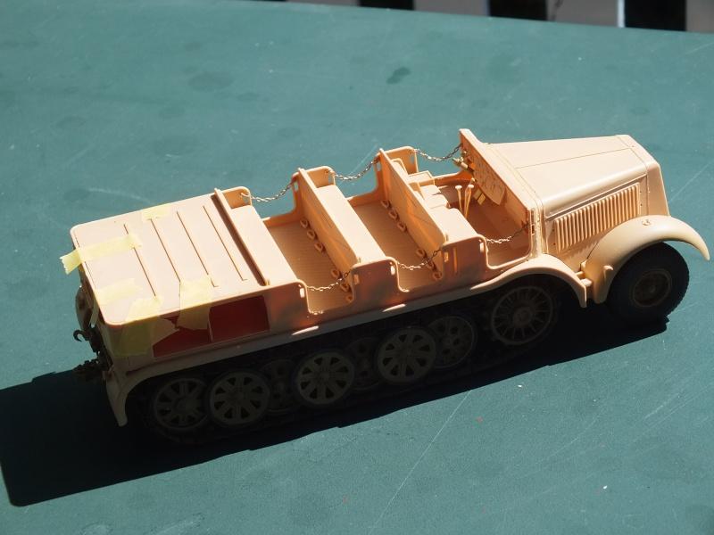 Sd.Kfz.8 Schwerer Zugkraftwagen 12 ton (Trumpeter 1/35) (DÉBUT DE PEINTURE) - Page 2 Dscf4631